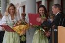 Empfang in der Heimatgemeinde von Sigrid & Marina nach dem sensationellen Sieg!